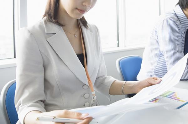 女性が働く社会(イメージ)