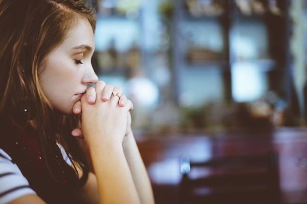 娘が信じる婚約相手の裏の顔(イメージ)